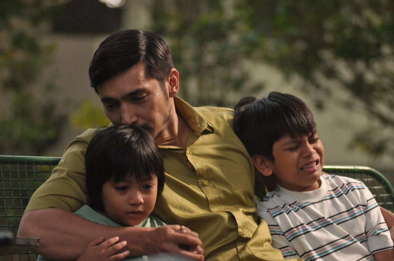 review-film-sabtu-bersama-bapak